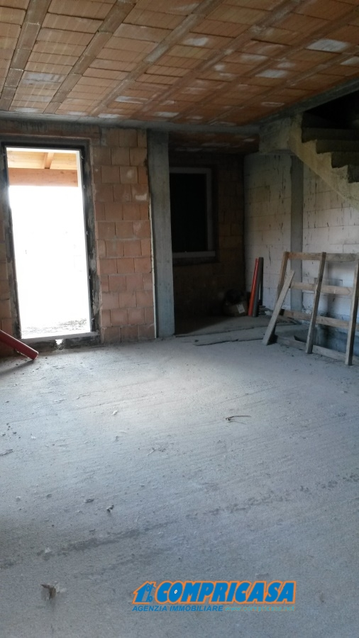 Soluzione Indipendente in vendita a Pastrengo, 6 locali, prezzo € 430.000 | Cambio Casa.it