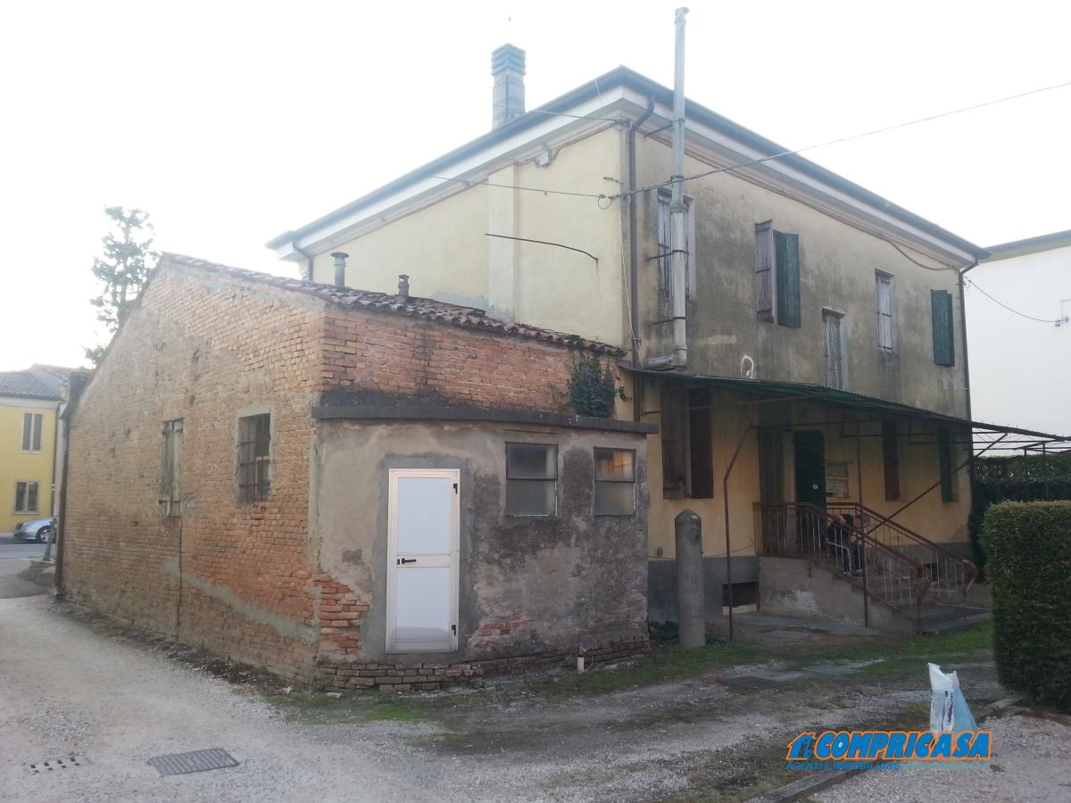Palazzo / Stabile in vendita a Montagnana, 12 locali, prezzo € 280.000 | Cambio Casa.it