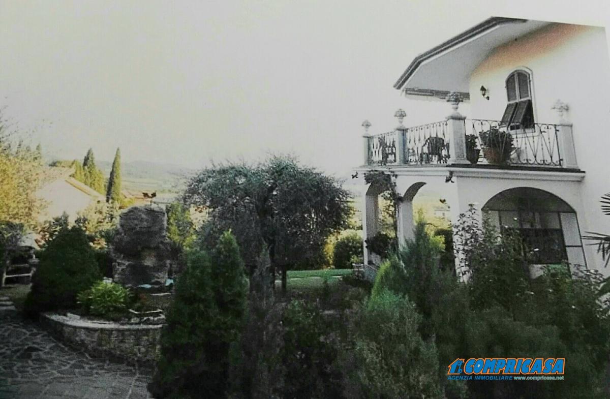 Rustico / Casale in vendita a Caprino Veronese, 11 locali, prezzo € 505.000 | Cambio Casa.it