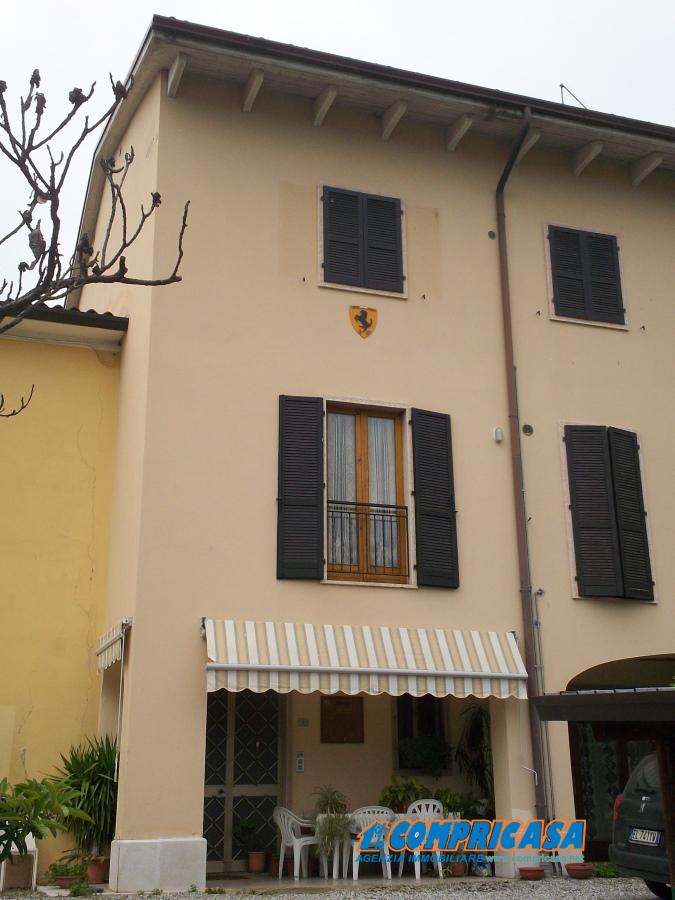Appartamento in affitto a Bardolino, 3 locali, prezzo € 600 | CambioCasa.it