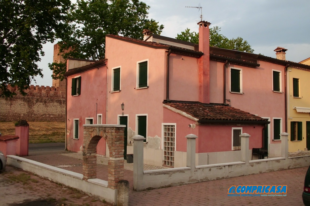 Appartamento in affitto a Montagnana, 2 locali, prezzo € 350 | Cambio Casa.it