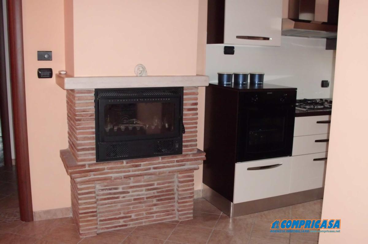 Appartamento in vendita a Montagnana, 3 locali, prezzo € 99.000 | CambioCasa.it