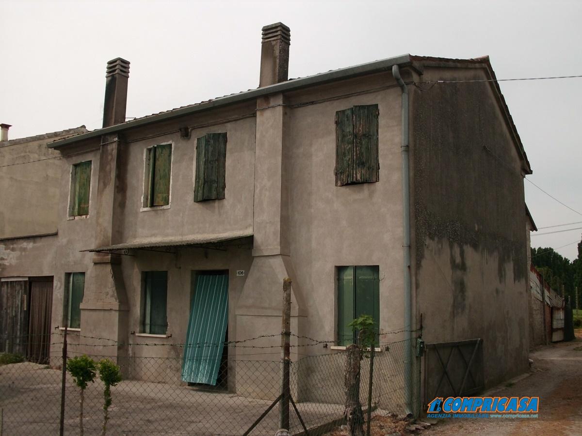 Rustico / Casale in Vendita a Santa Margherita d'Adige