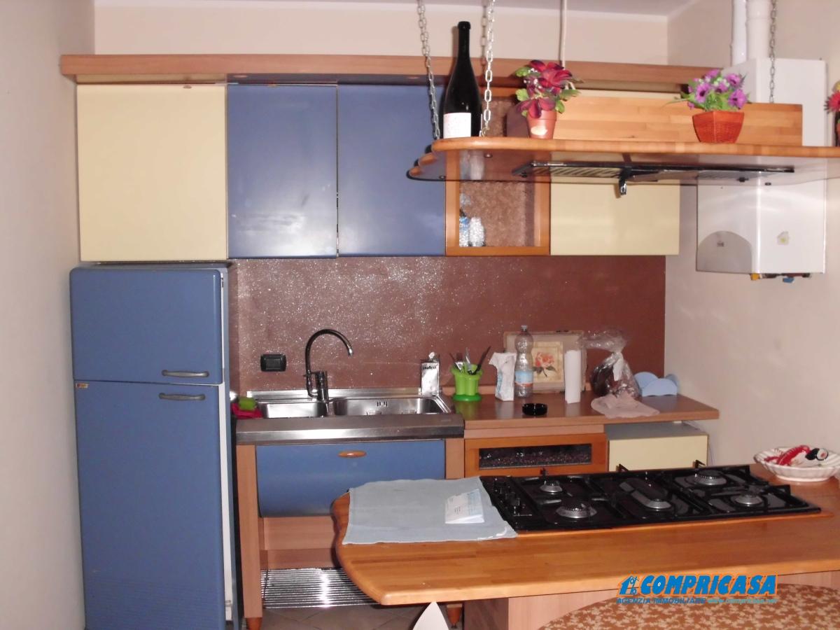 Appartamento in vendita a Montagnana, 5 locali, prezzo € 120.000 | Cambio Casa.it