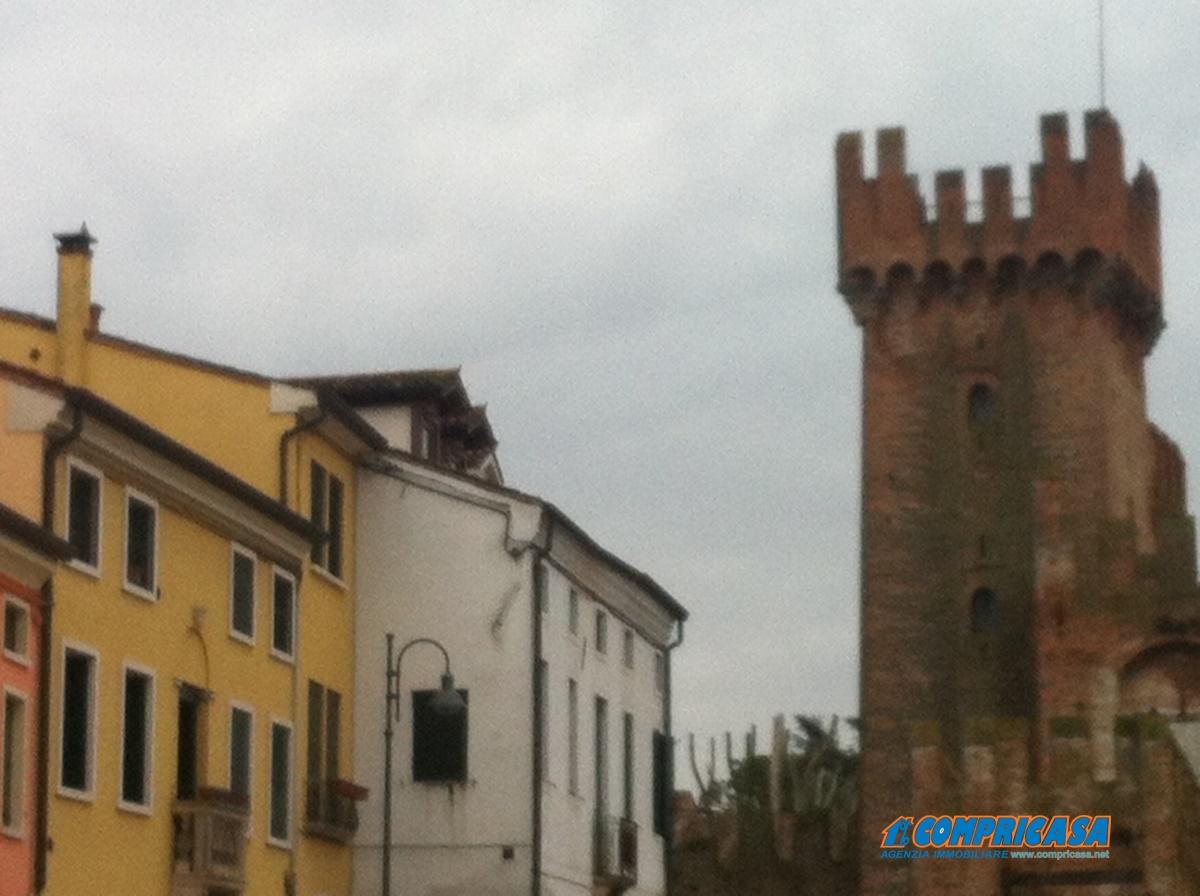 Appartamento in affitto a Montagnana, 5 locali, prezzo € 400 | Cambio Casa.it