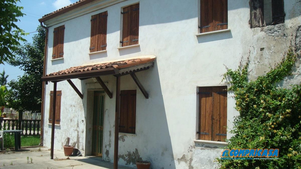 Rustico / Casale in vendita a Urbana, 9999 locali, prezzo € 80.000 | CambioCasa.it