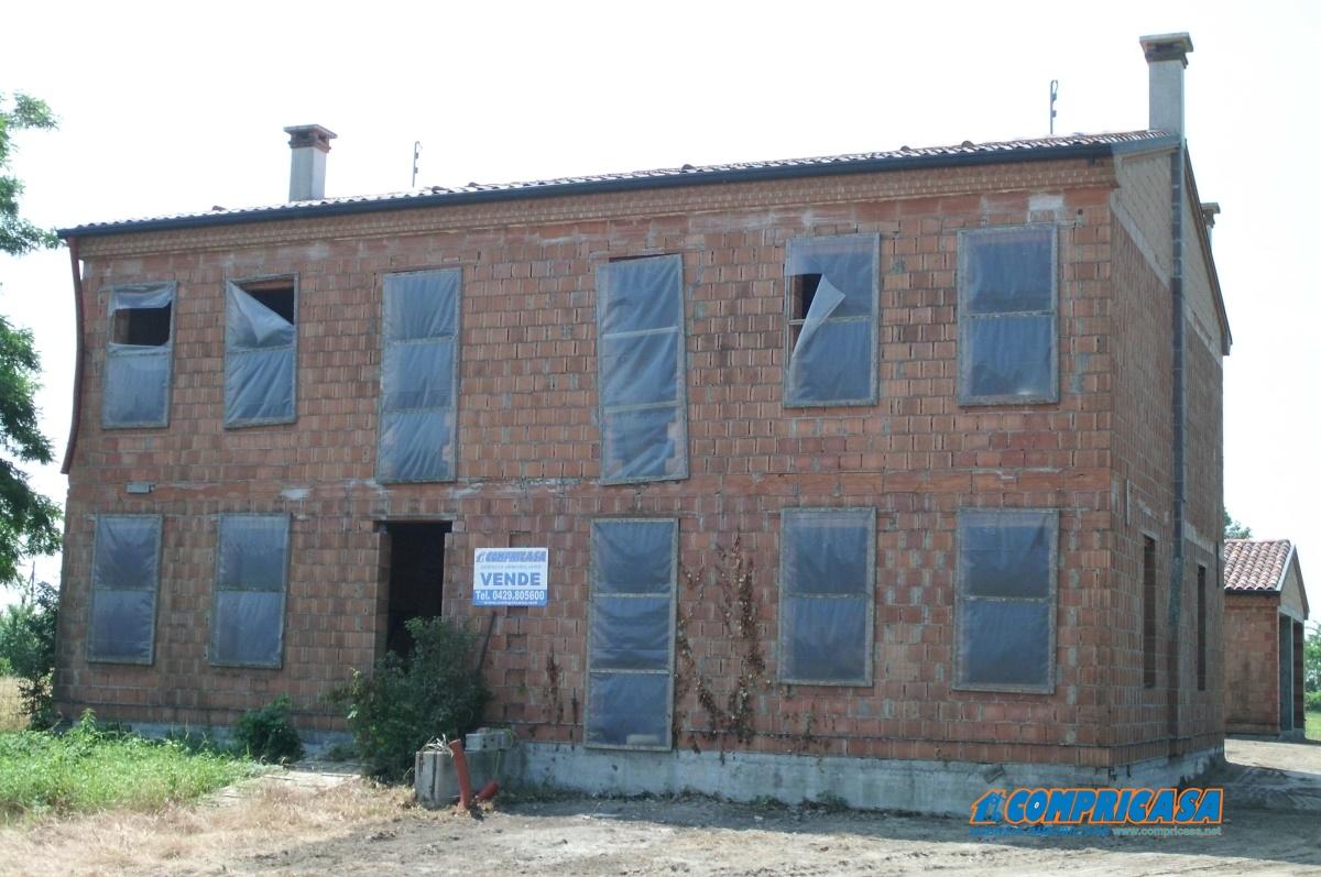 Soluzione Indipendente in Vendita a Montagnana