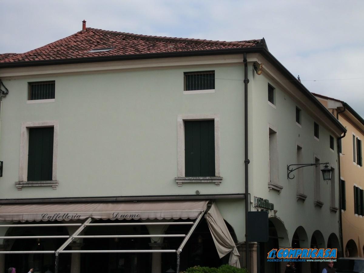 Appartamento in affitto a Montagnana, 4 locali, prezzo € 500 | CambioCasa.it