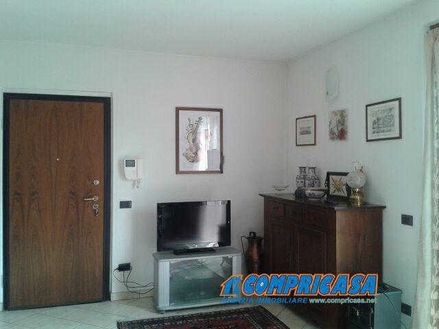 Appartamento in vendita a Bardolino, 5 locali, prezzo € 298.000 | Cambio Casa.it