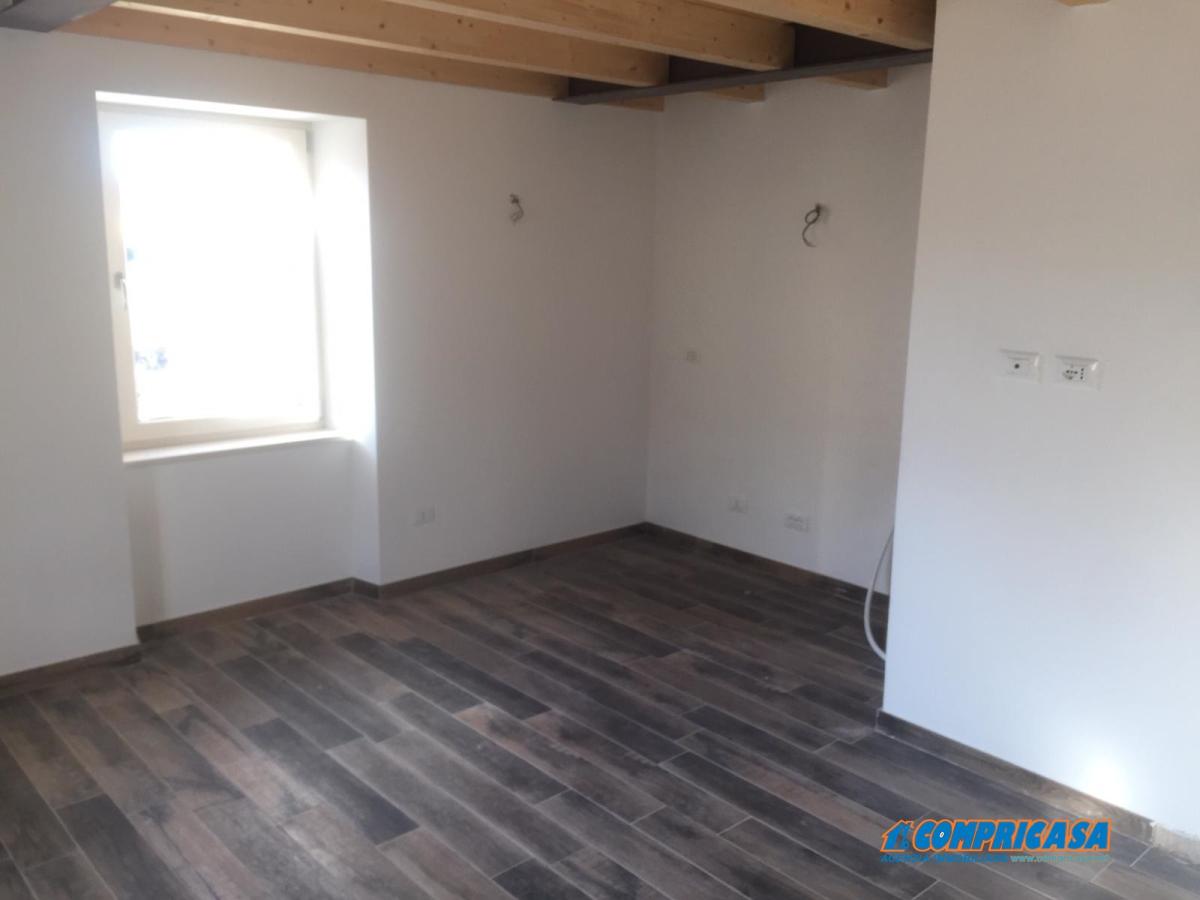 Appartamento San Zeno di Montagna VR1018556
