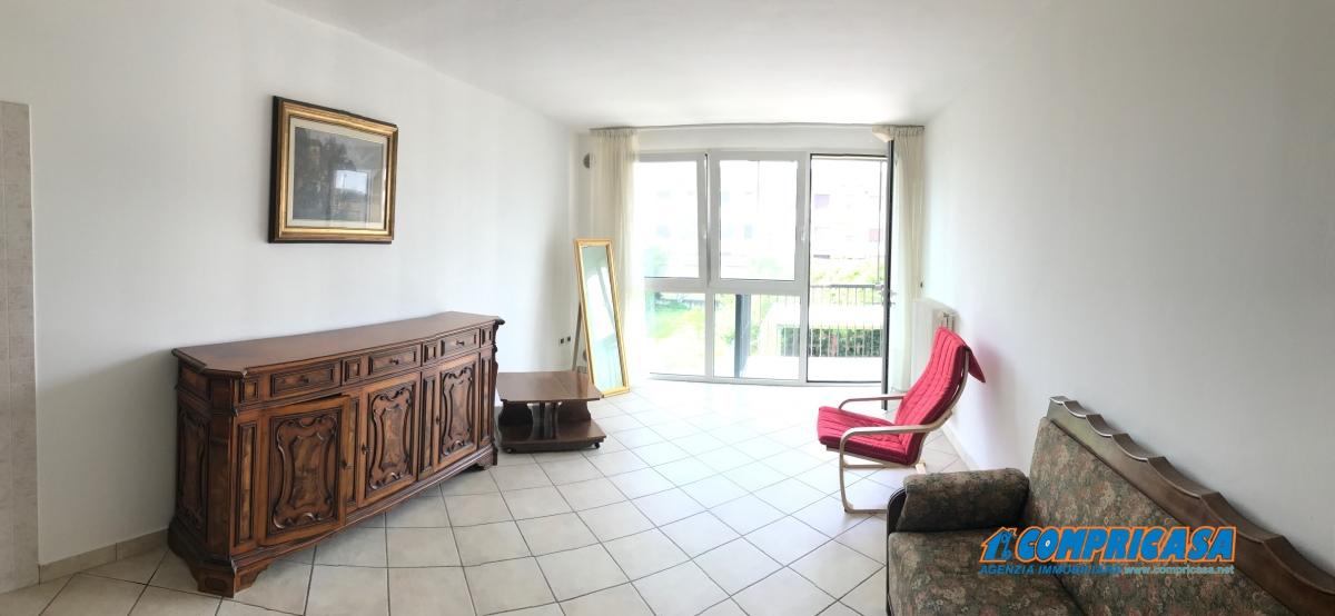 Appartamento in affitto a Casale di Scodosia, 5 locali, prezzo € 400 | CambioCasa.it