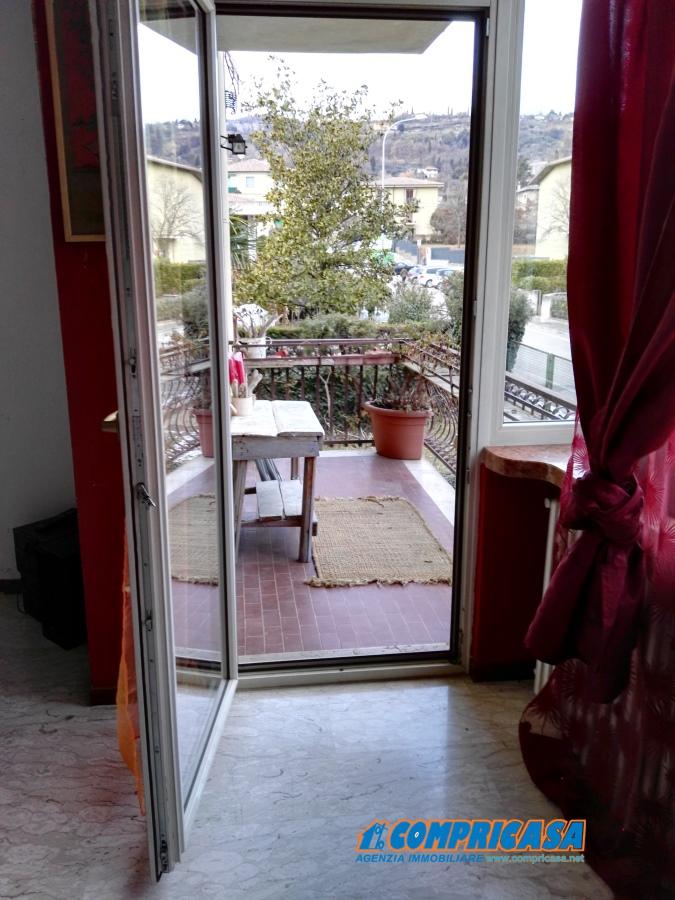 Appartamento in affitto a Garda, 5 locali, prezzo € 1.000 | CambioCasa.it