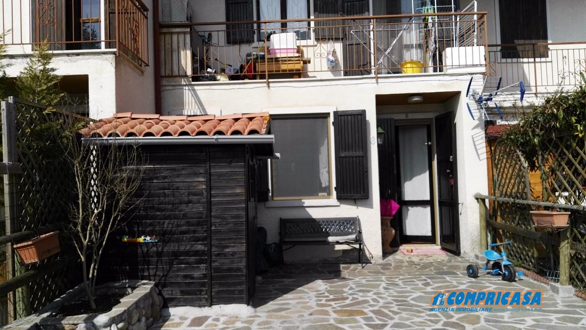 Appartamento in affitto a Caprino Veronese, 2 locali, prezzo € 450 | CambioCasa.it