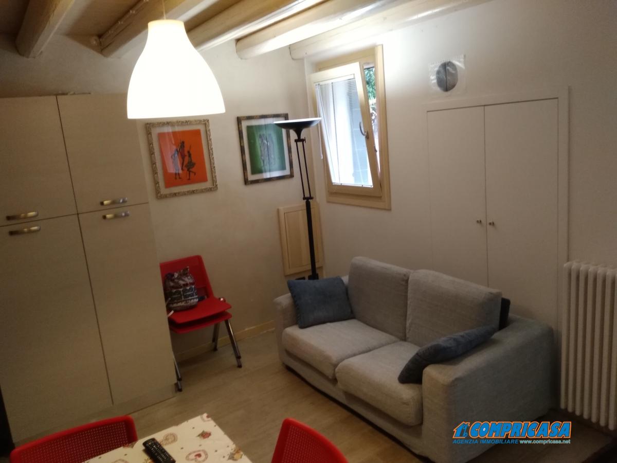 Soluzione Semindipendente in Affitto a Montagnana