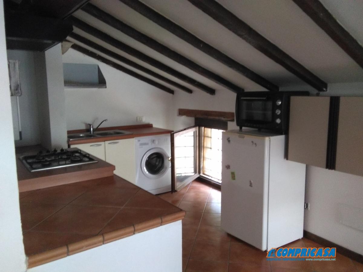 Appartamento affitto Affi (VR) - 2 LOCALI - 60 MQ