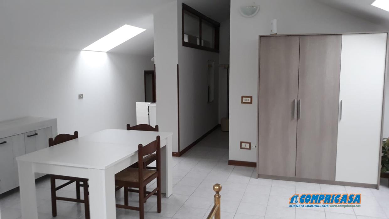 Appartamento in Affitto Urbana