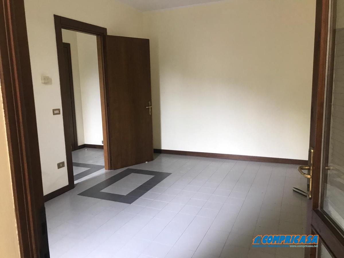 Ufficio in Affitto Montagnana