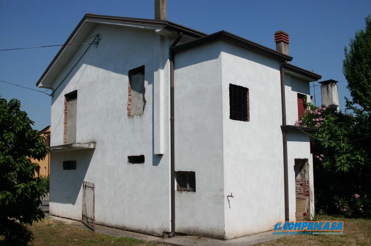 Soluzione Indipendente in vendita a Merlara, 8 locali, prezzo € 48.000 | CambioCasa.it