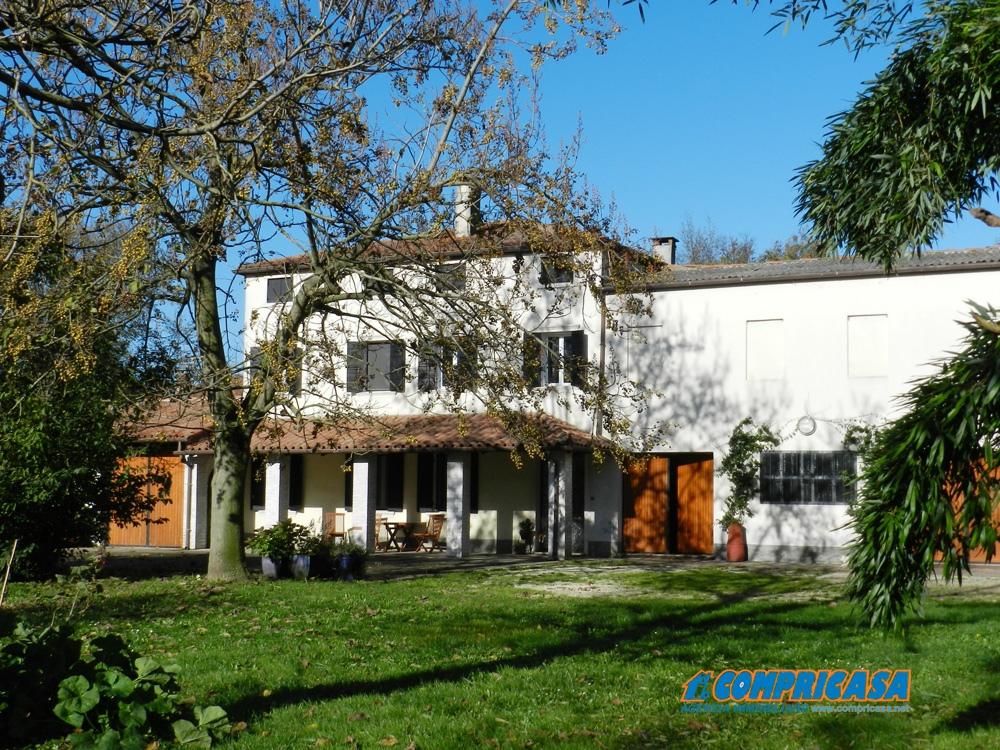 Villa in Vendita a Montagnana