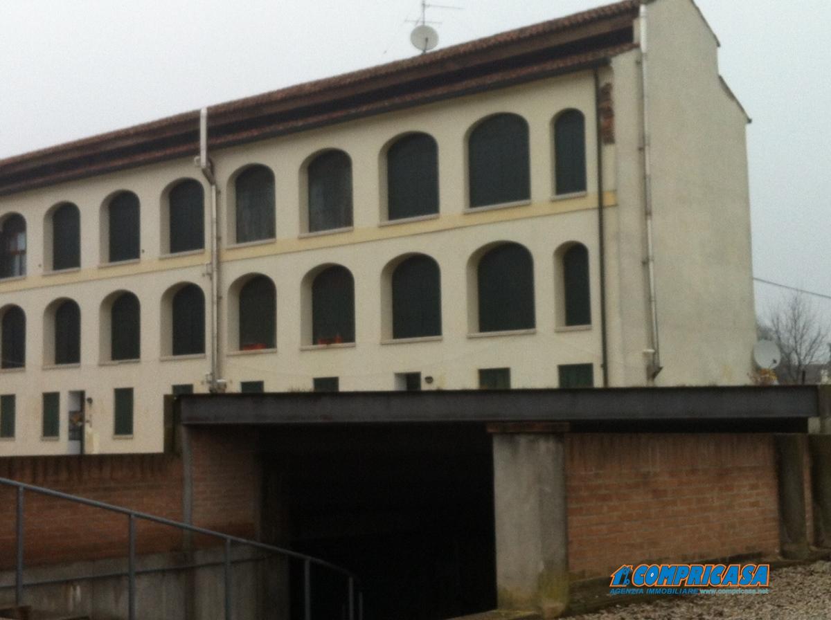 Appartamento in affitto a Montagnana, 3 locali, prezzo € 450 | Cambio Casa.it