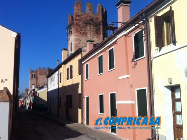 Soluzione Semindipendente in vendita a Montagnana, 5 locali, prezzo € 130.000 | Cambio Casa.it